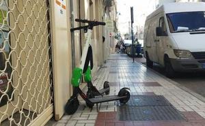 La Policía tramita una treintena de denuncias contra empresas de patinetes eléctricos en Málaga