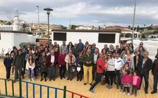 «Somos vecinos de segunda, el Ayuntamiento vende suelo municipal en Benajarafe pero luego no invierte aquí»