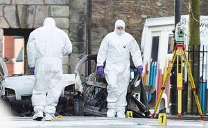 Cuatro detenidos por el atentado sin víctimas en Irlanda del Norte