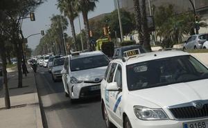 Los taxistas de Málaga piden una reunión «urgente» con la nueva consejera de Fomento antes de plantear movilizaciones