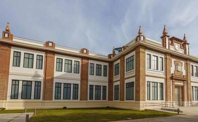 El Museo Ruso sigue con su programa para despedir su exposición anual 'Radiante Porvenir'