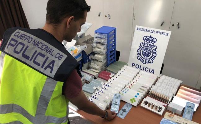 cdc42ffb7bd2e Dos detenidos en Málaga por administrar bótox y ácido hialurónico sin  titulación