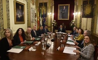 El nuevo Gobierno andaluz se estrena en Antequera con la supresión del impuesto de sucesiones
