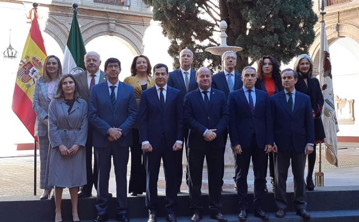 El nuevo Gobierno andaluz se estrena en Antequera