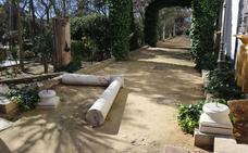 Destrozos en el Parque de la Alameda del Tajo en Ronda