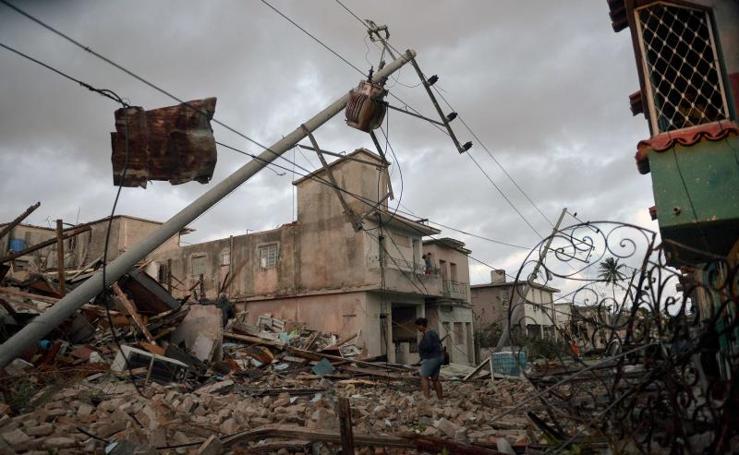 Los efectos de un tornado en Cuba, en imágenes