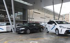 Los taxistas andaluces también exigirán que los VTC se reserven al menos con una hora de antelación