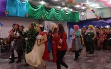 El Carnaval se pone en marcha con las fiestas del mayor en los once distritos