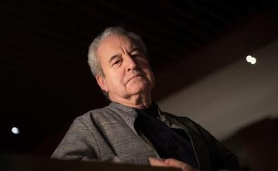 John Banville: «Me autocensuro, no me queda más remedio»