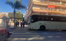 La parada de bus del Ayuntamiento de Rincón de la Victoria se traslada