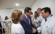 Juanma Moreno pide a Pedro Sánchez una entrevista para hablar de financiación, Brexit y Cataluña