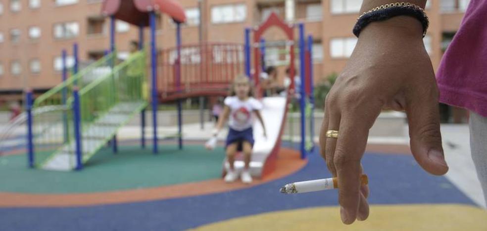 Pierde la custodia de sus hijos por exponerlos al humo del tabaco