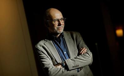 Eugenio Fuentes: «A la novela negra le ha sobrado violencia»