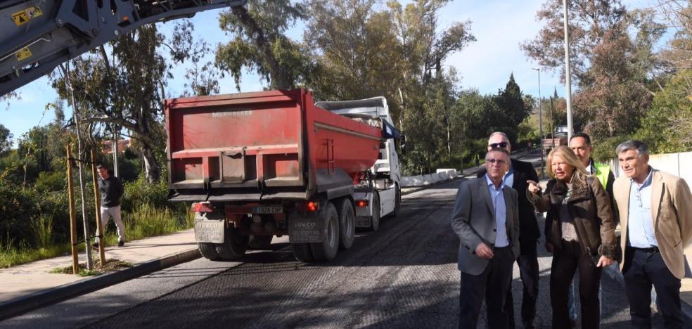 Marbella destinará este año dos millones al Plan de Asfalto para el arreglo de 65 viales