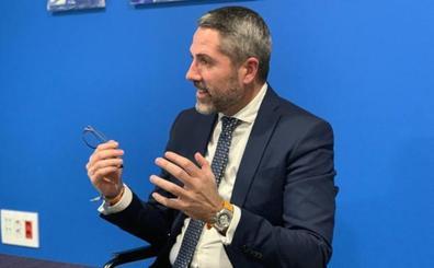 Maldonado 'ficha' a cuatro asesores a tres meses de las elecciones municipales en Mijas