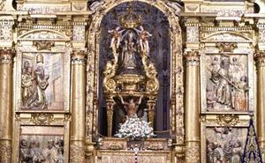 Presentan la restauración del templete de la Patrona de Málaga