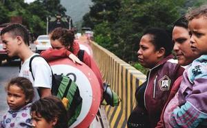 El puente Simón Bolívar, testigo del ir y venir de colombianos y venezolanos