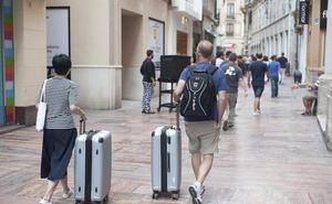 La Costa se activa ante el 'Bréxit' y tras perder un 4% de turistas británicos