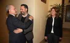 Pleno de despedida en Málaga: Carmen Casero y Raúl Jiménez entregan sus actas para asumir sus nuevos cargos en la Junta