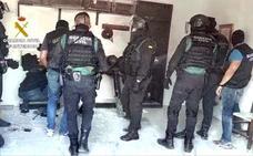 Detenidas 29 personas tras 36 registros en La Línea y Málaga en una operación contra un grupo cercano al clan de los Castañas