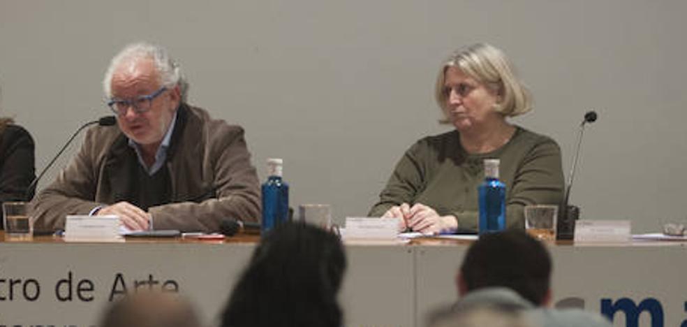 Enrique Juncosa planta al CAC, que nombra a su hermana Helena como directora