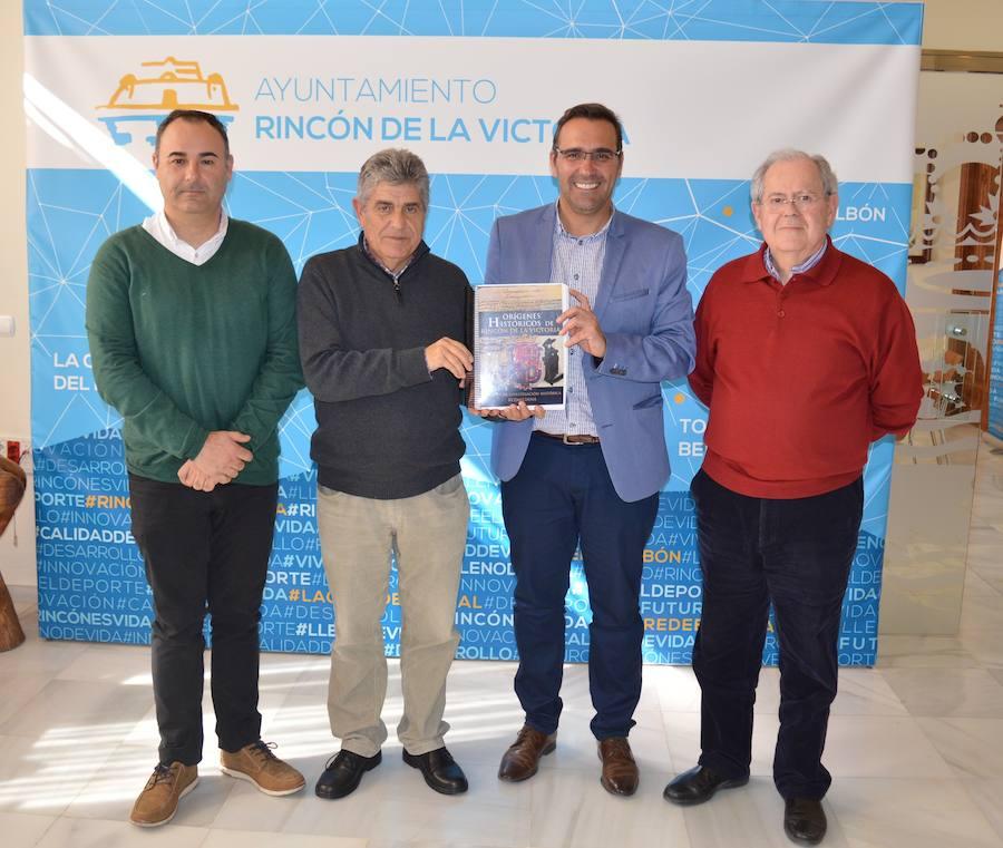 La obra 'Orígenes Históricos de Rincón de la Victoria', ganadora del V Premio de Investigación Histórica