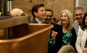 La consejera de Cultura defiende el nombramiento de Fernando Francés