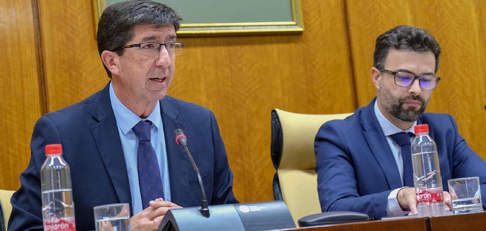 La oposición critica la Consejería 'tetris' de Turismo