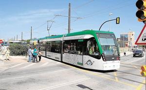 La concesionaria avisa a la Junta de que no es rentable el metro hasta el PTA