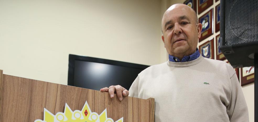 Manuel Curtido: «Las peñas son algo más que el bingo de los mayores, son cultura y tradición»