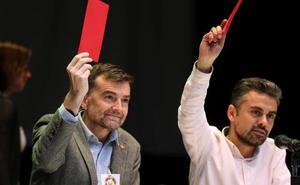 Maíllo afirma que el Gobierno de PP y Cs «se ha imbuido del fantasma de Díaz»