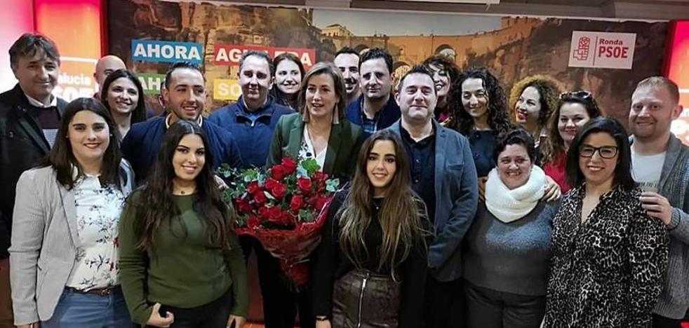 Militantes del PSOE eligen a los miembros de la lista para las municipales