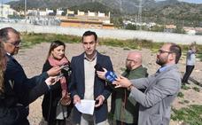 IU urge a que se ceda a la Junta una parcela en Xarblaca para aulas provisionales de secundaria