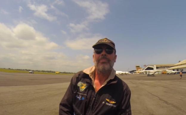 Reanudan la búsqueda del piloto de un autogiro que cayó al pantano de Iznájar tras explotar la aeronave