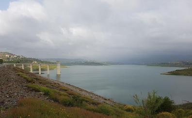 La presa de La Viñuela cumple 30 años