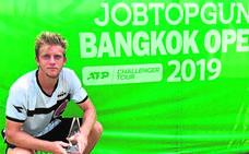 Davidovich cede ante la superioridad en el servicio de Duckworth en Bangkok