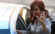 Cristina Fernández vuelve a los juzgados coronada como favorita en las urnas