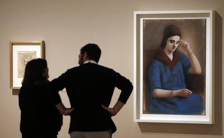 El Museo Picasso Málaga reivindica la figura de la primera mujer del artista con una ambiciosa exposición