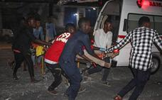 Al menos 29 muertos y 60 heridos en un ataque con camión bomba en Somalia