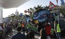 El Carnaval de Málaga 2019 se despide en patinete