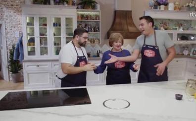 Dani García cocina con su madre en su estreno en televisión