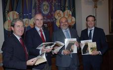 La Agrupación de Cofradías presenta el número de cuaresma de la revista 'La Saeta'
