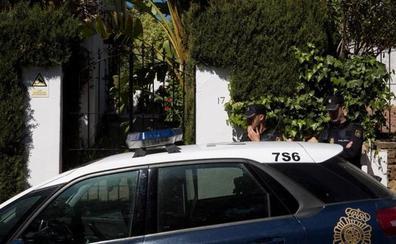 La mujer asesinada por su marido en Estepona recibió más de diez puñaladas