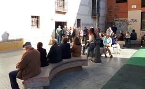 La asociación de afectados por el nuevo recorrido oficial descarta llevar a cabo protestas en Semana Santa