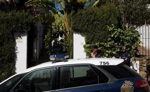 Pasa a disposición judicial el detenido por matar a su mujer en Estepona