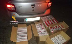 Intervienen 3.000 cajetillas de tabaco de contrabando en el maletero de un coche en Pizarra