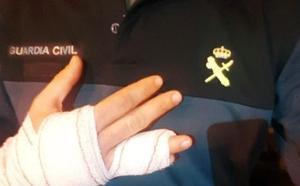 Muerde a un guardia civil que intervino para evitar que agrediera a sus padres en Nerja