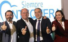 Barón promete pistas deportivas gratis para los vecinos y entrada libre al Museo de Antequera