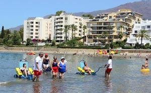 El Ayuntamiento licita el servicio de socorrismo de las playas de Estepona por cuatro años