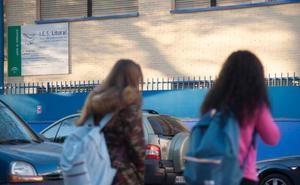 Actividad relativa en los institutos de Málaga, a la espera de la manifestación de esta tarde